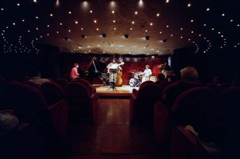 Vangelis Somethingorother Trio Featuring Carlos and Adededji - Sailing on a Marsipus